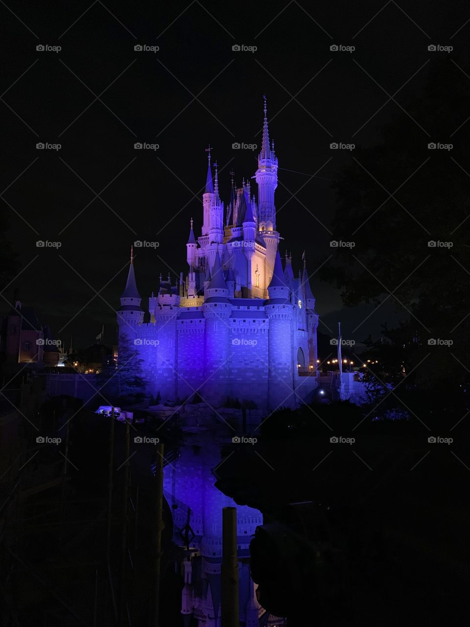 #day124 Everyday WDW Orlando Florida.  I have been lost on Disney Properties consecutively since 4/3/19 You can find my encounter https://www.facebook.com/selsa.susanna or on IG selsa_susanna Disney's Magic Kingdom 8-4-19 Sunday