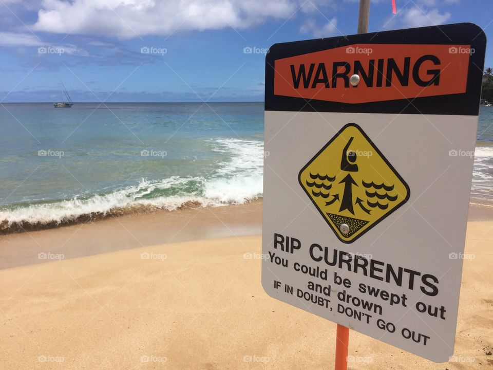 Warning sign at the beach