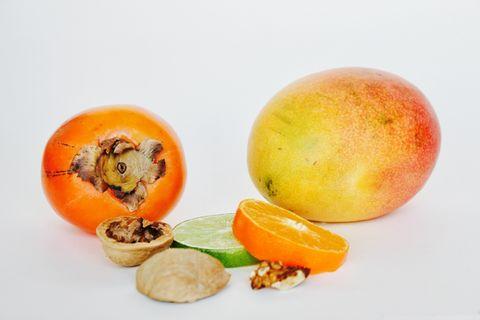 Kaki , mango , lime, clementine and a smothie