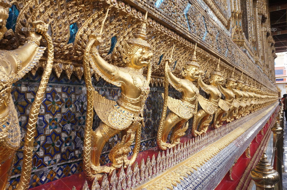 Bravery.. This is one of the amazing things you see in Bangkok's Grand Palace.