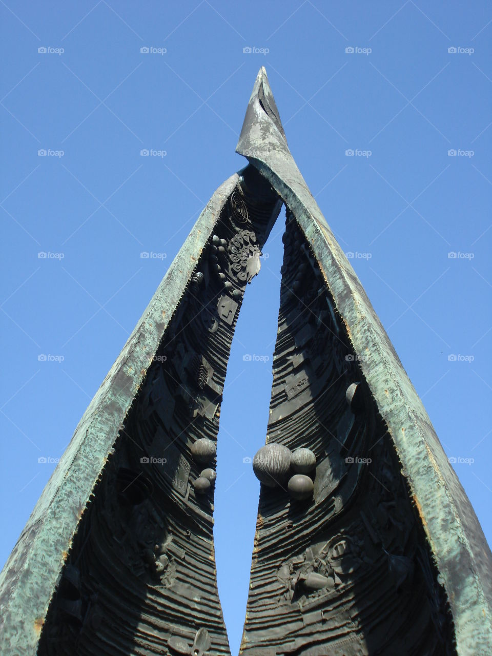 Sharp Top of a Budapest Statue