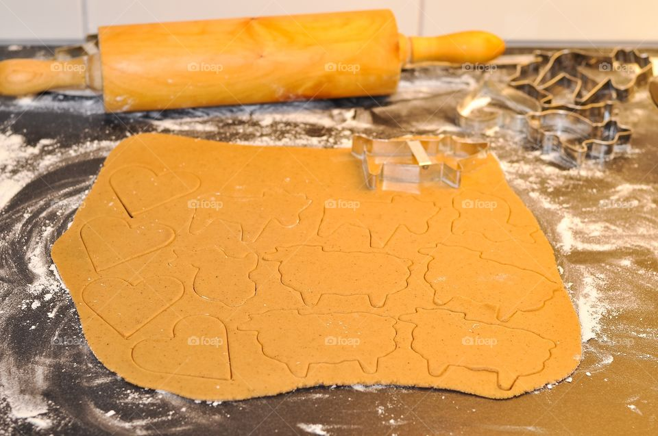 Preparation of a ginger bread cookie