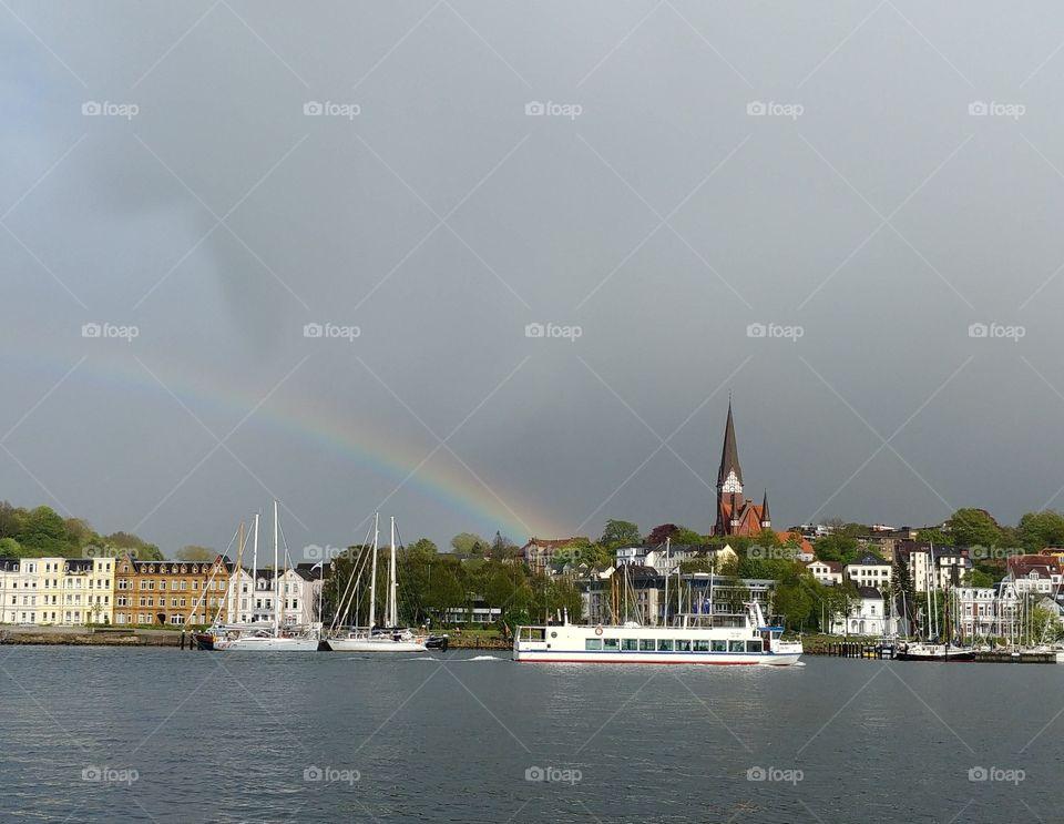 Regenbogen Hafen Regen Schiffe rainbow