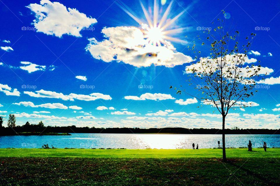Beautiful sunny day at Stoney Creek Park