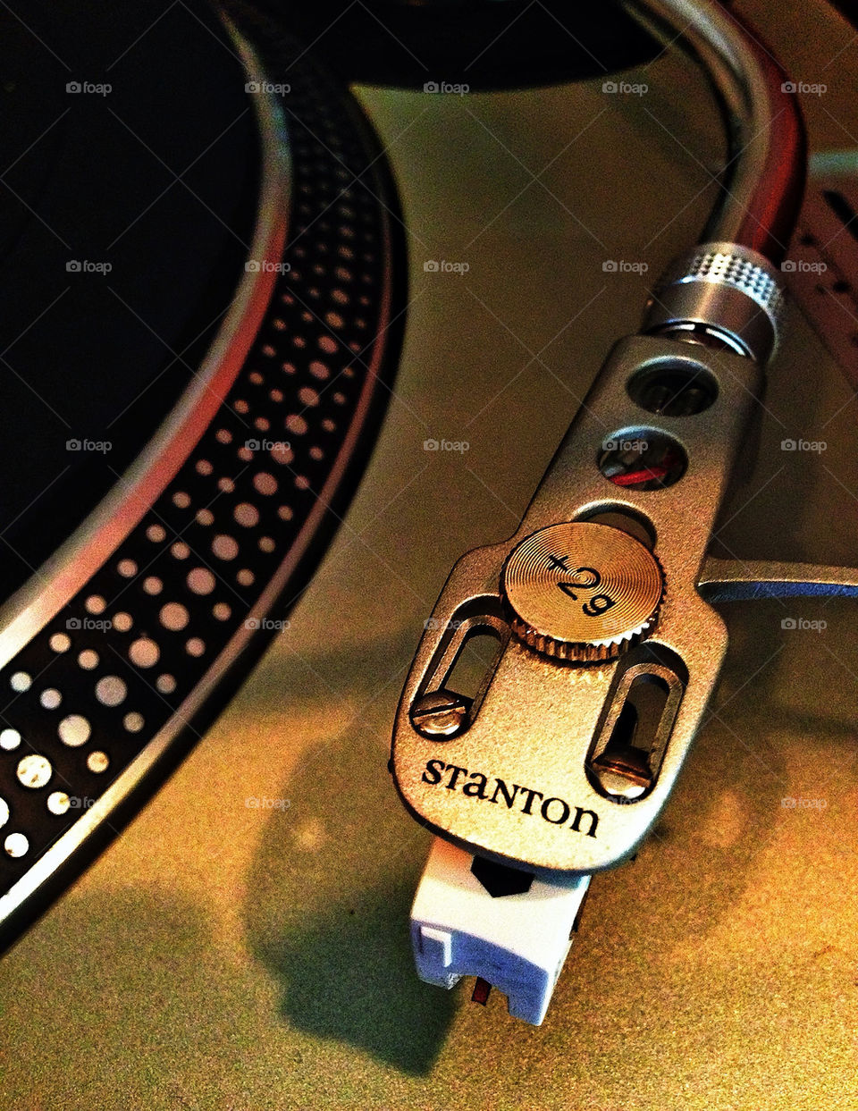 Professional grade DJ record player turntable phonograph needle and