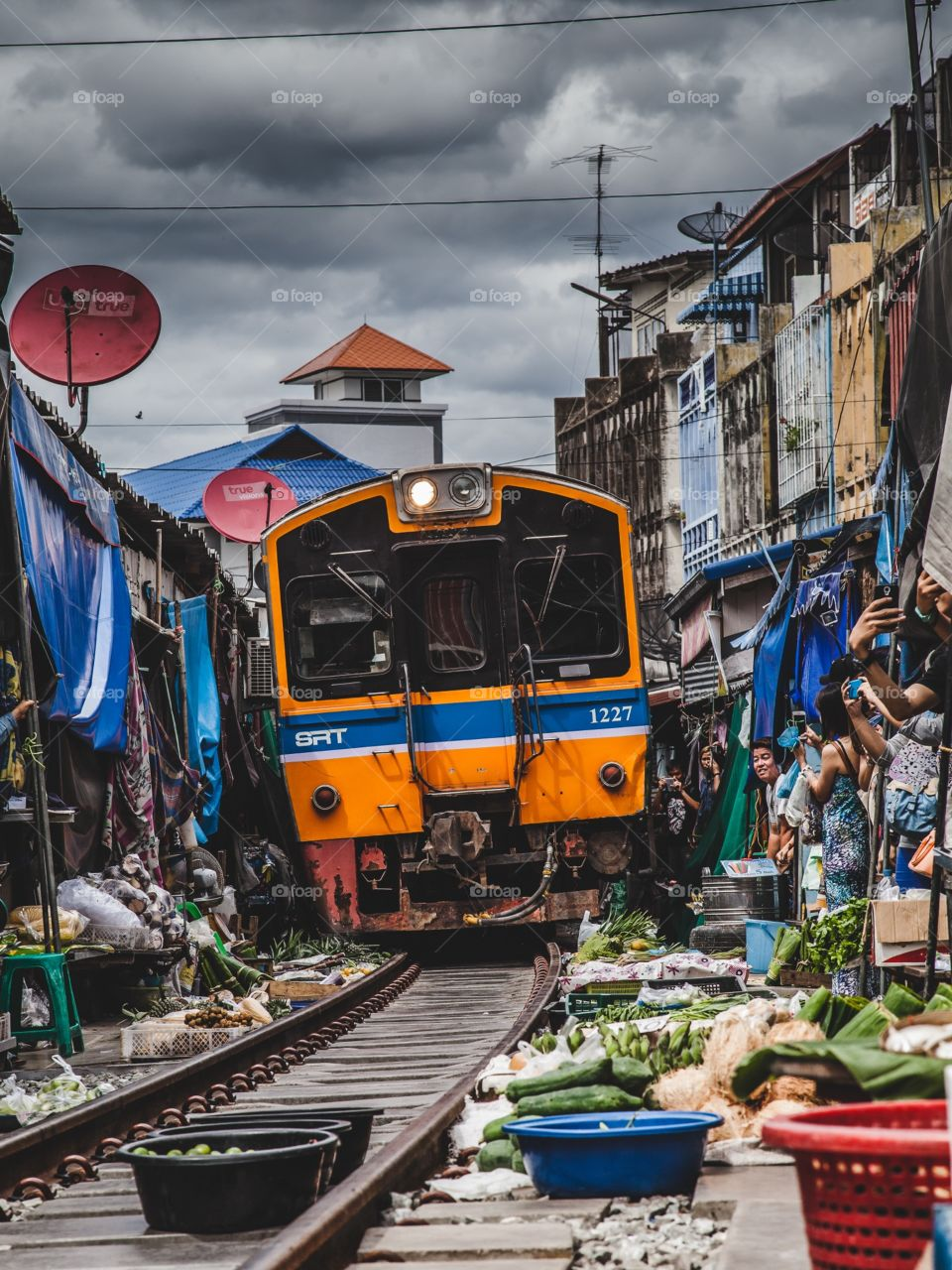 The train through the market