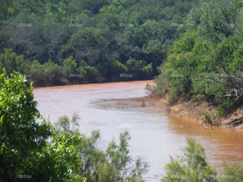 river flows. this is the Brazos river that flows into possum kingdom lake