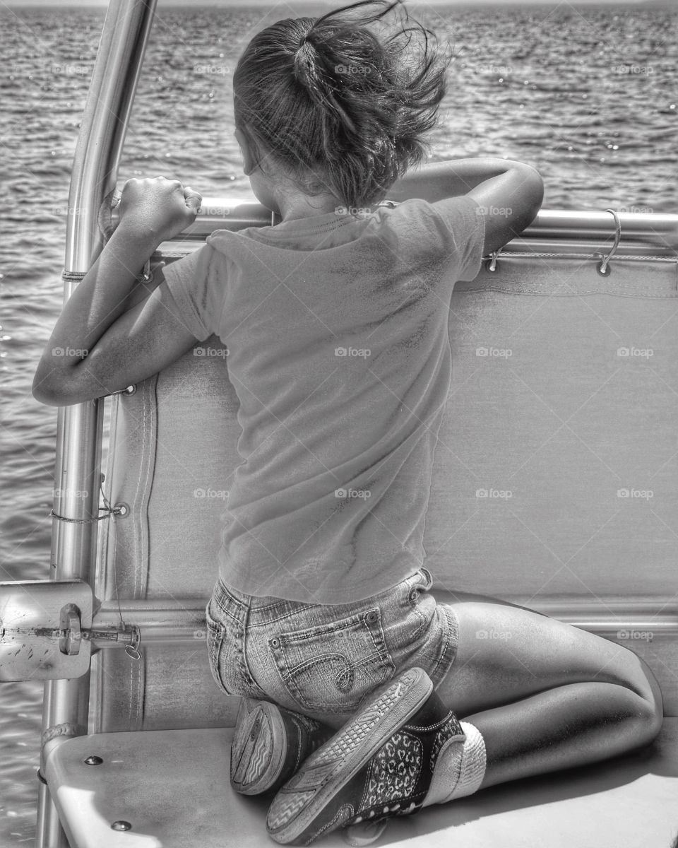 To be amazed, see the world through the child's eyes