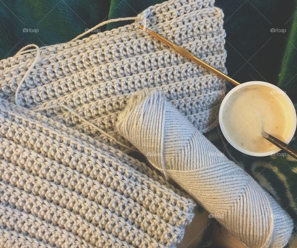 Crocheting a grey sweater