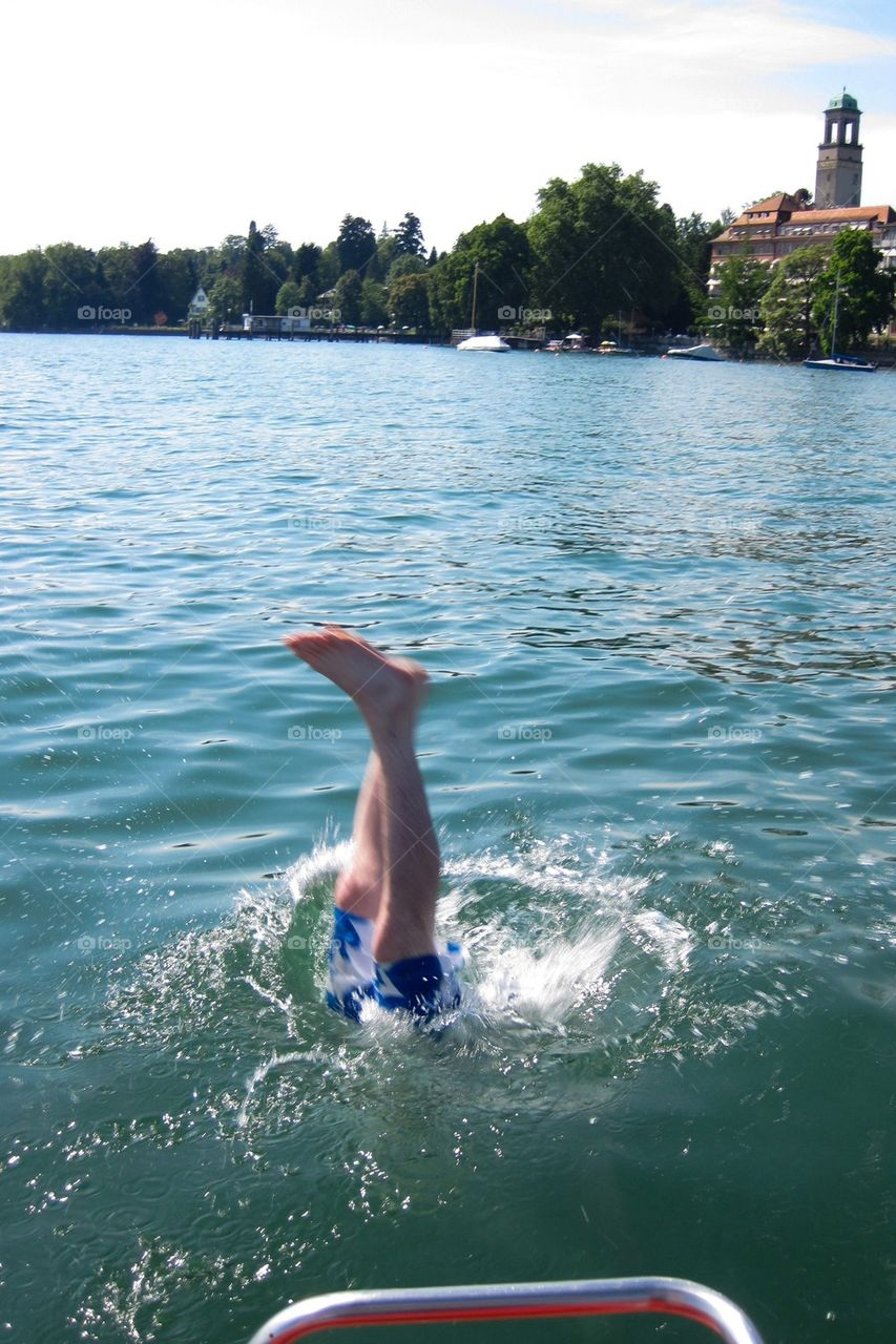Diving into Lake Constance