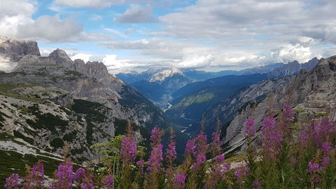 Mountain view in the Dolomites  - Dolomiterna