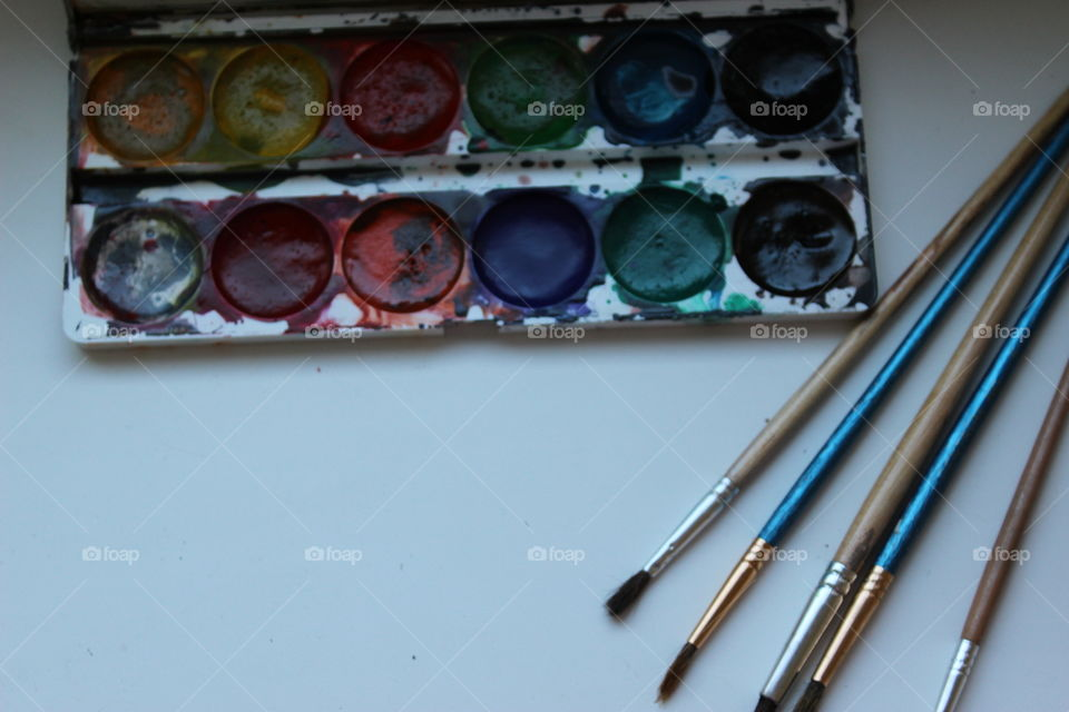 palette with colours