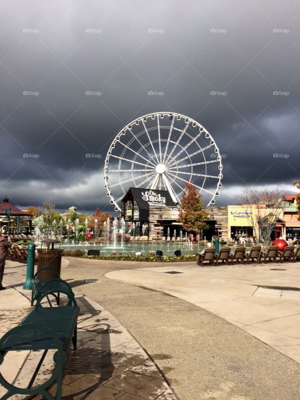 The Wheel and stormy morning in Pigeon Forge