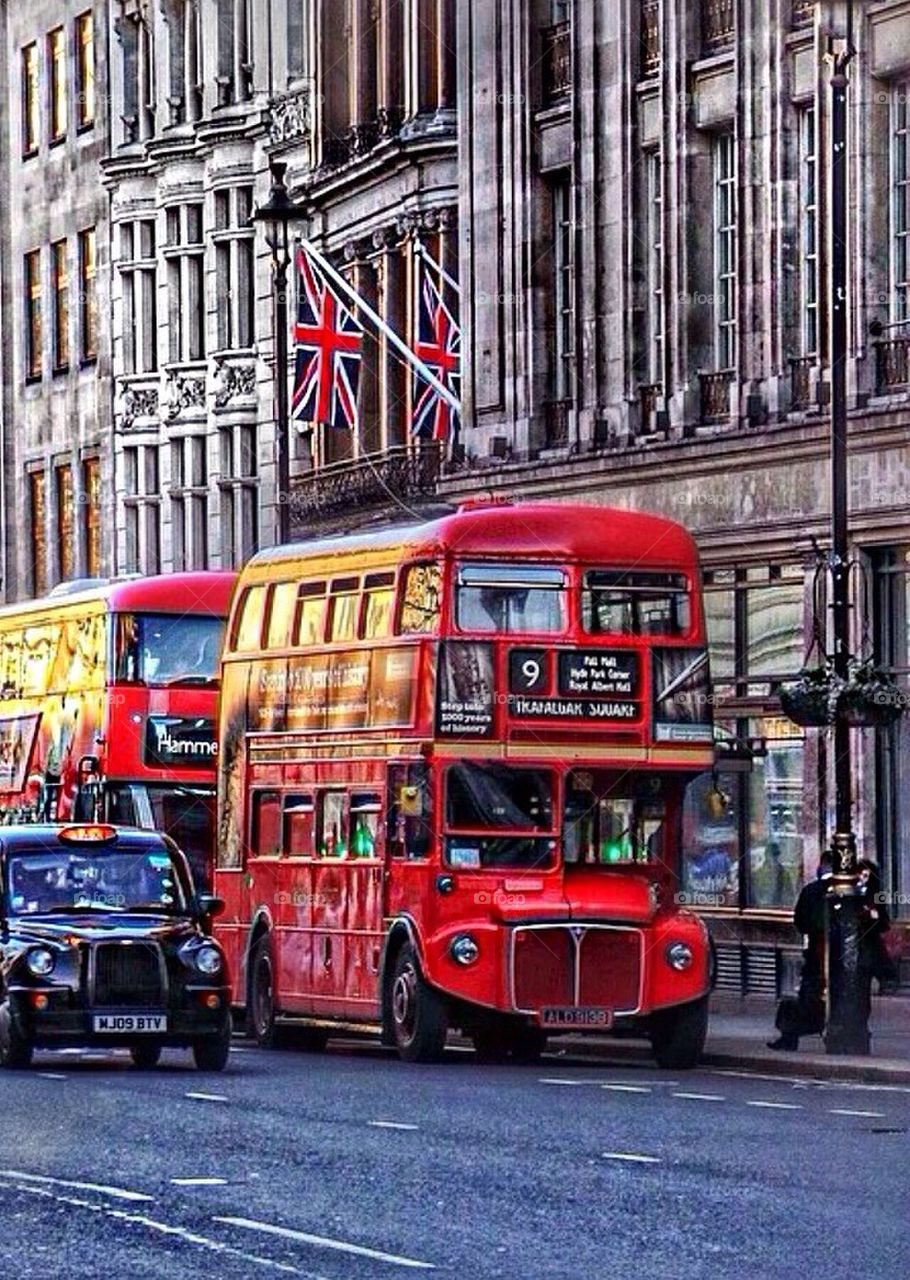 London Bus Old
