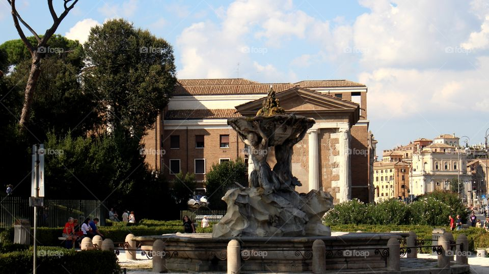 Amazing like being in Italy, Rome.