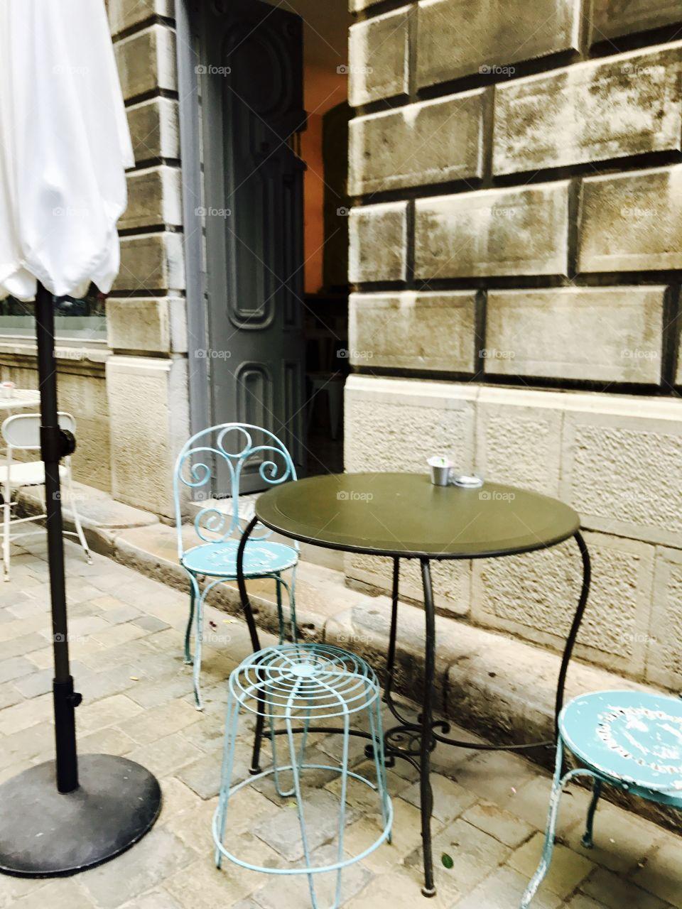 #outdoors #coffee #tea #table #chairs