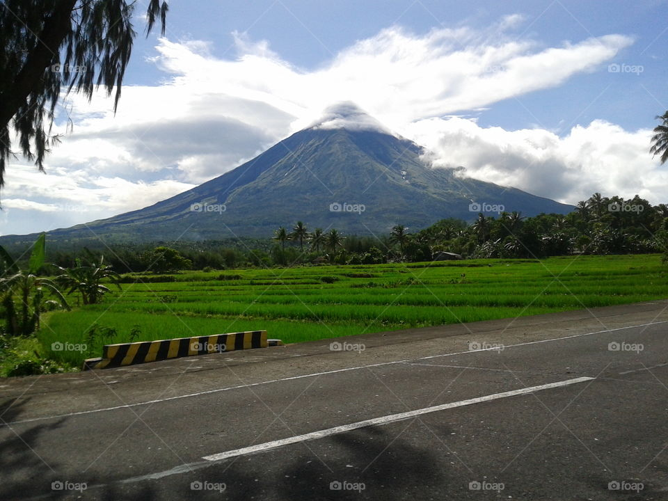 Magnificent Mayon Volcano. Mt. Mayon is an active volcano in Albay, Philippines. This fantastic volcano had recorded the worst eruption which killed 1,200 lives.