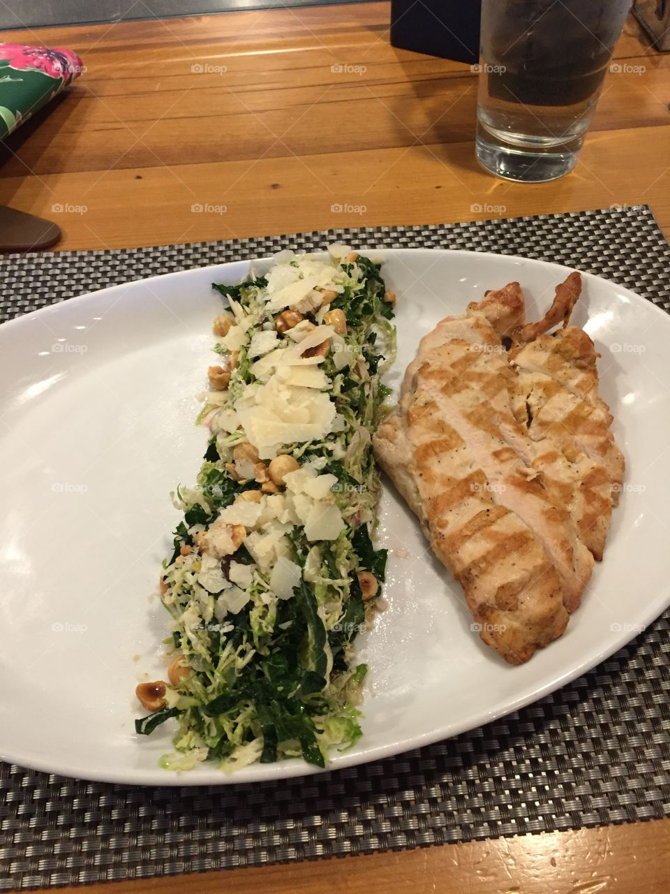 Kate salad and chicken
