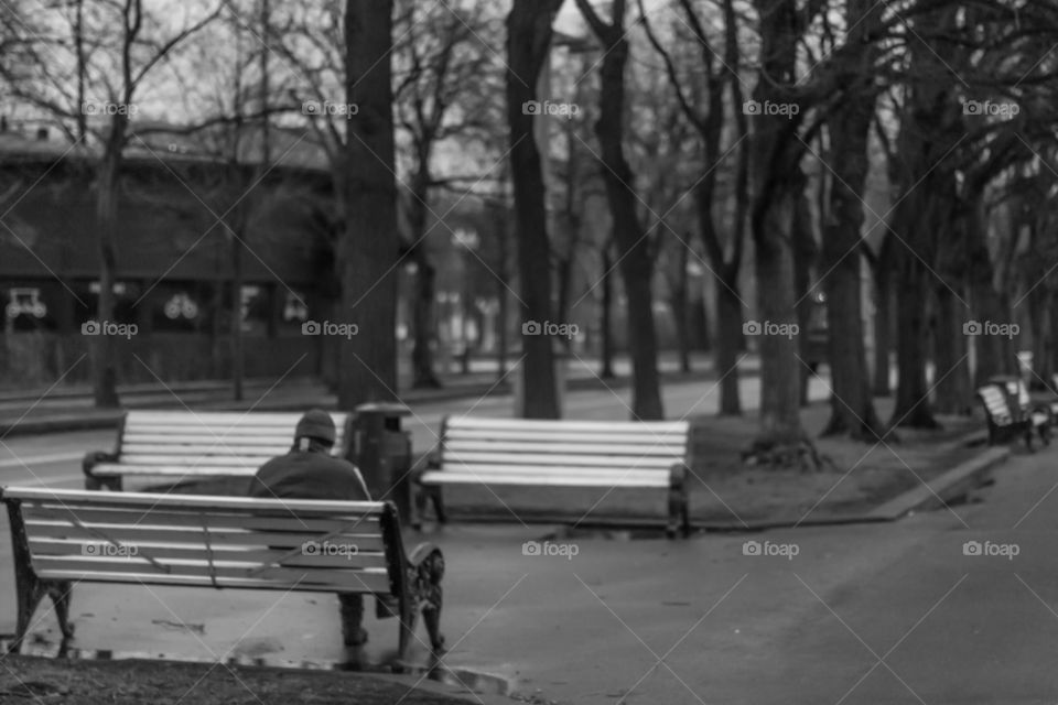 Man alone on the bench . Moscow , Russia