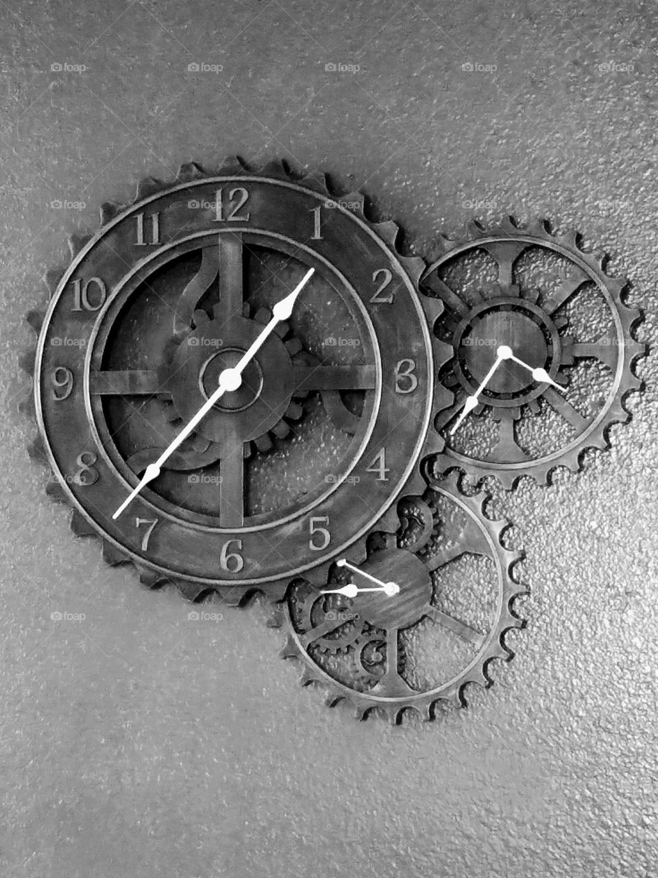 Triple clock