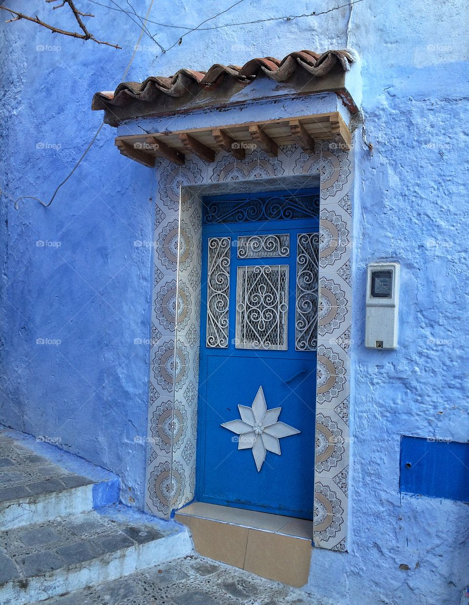White & blue door