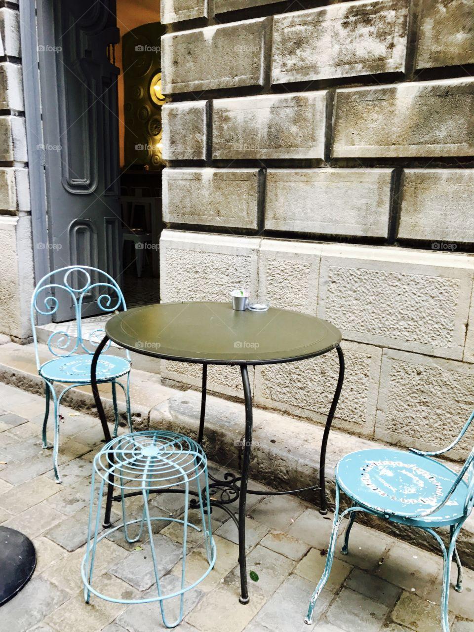 #outdoors #table #chairs #tea #coffee