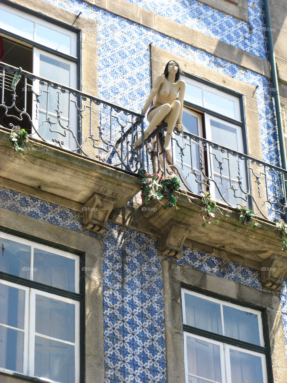 woman balcony portugal sex by aga