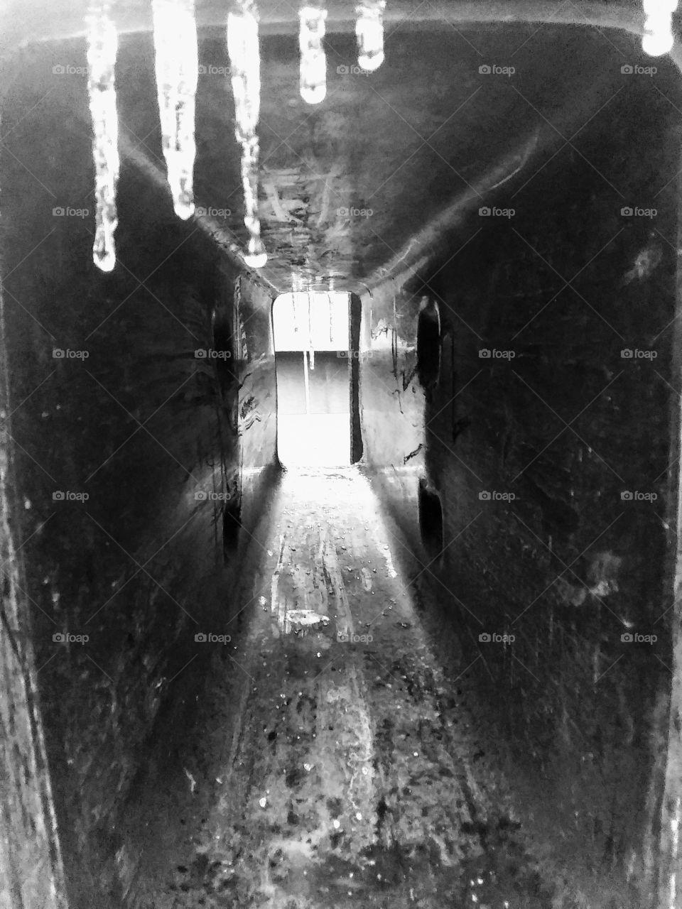 bw ice tunnel