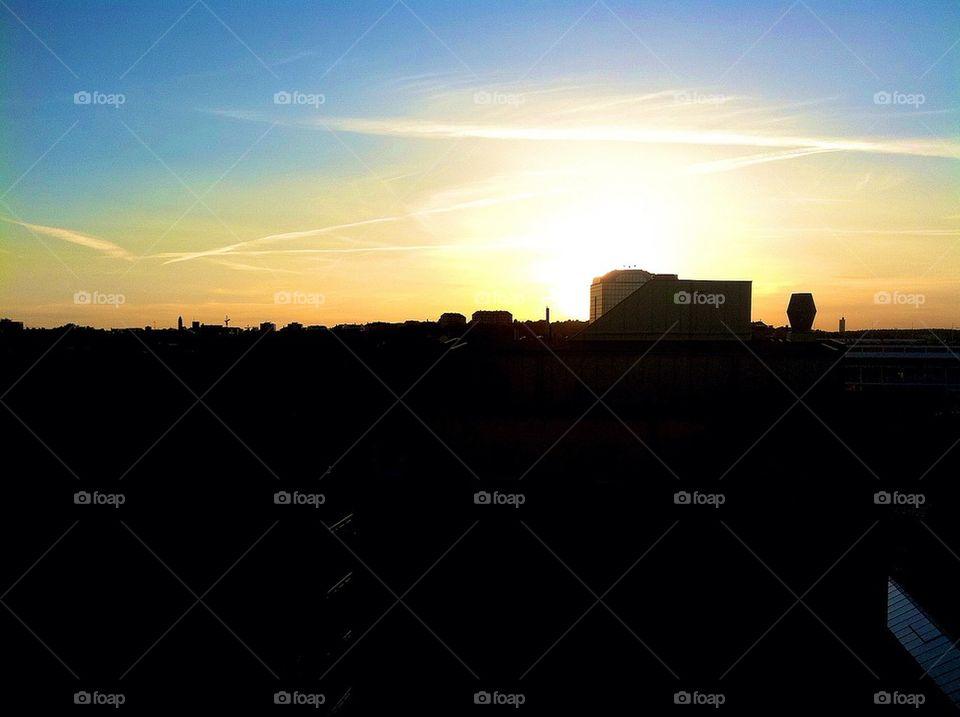 E-tuna sky line