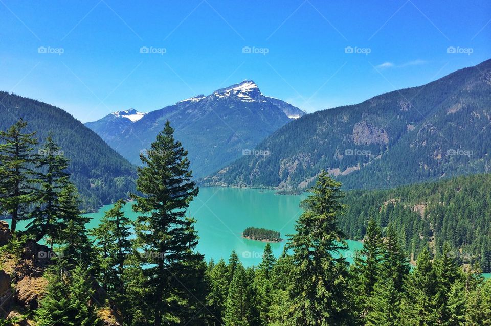 Scenic view of diablo lake and mountains